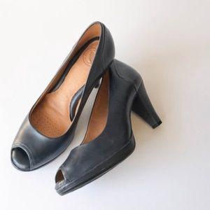 Nordstrom Navy Blue Leather Peep Toe Heels Size 7